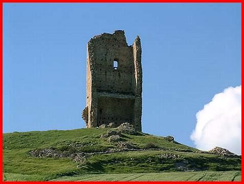 Castelli della Puglia provincia di Foggia Montecorvino la torre a c di Alberto Gentile