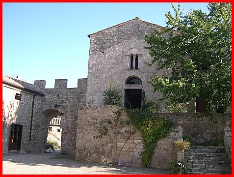 Castello di Pignano presso Volterra castelli della
