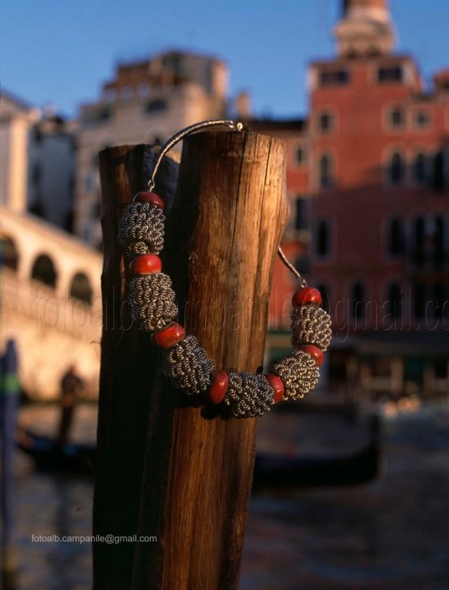 San Polo VEAR 015 Venezia Attombri gioielli e perle antiche in pasta di vetro