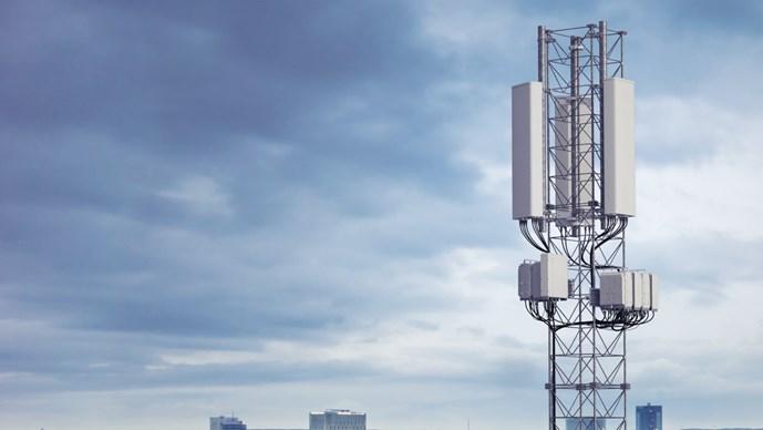Le nuove soluzioni Ericsson AIR accelerano l'implementazione del 5G nella banda media