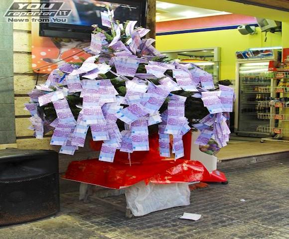 albero di natale-soldi