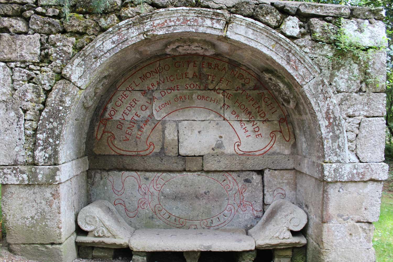Panca Etrusca Bomarzo