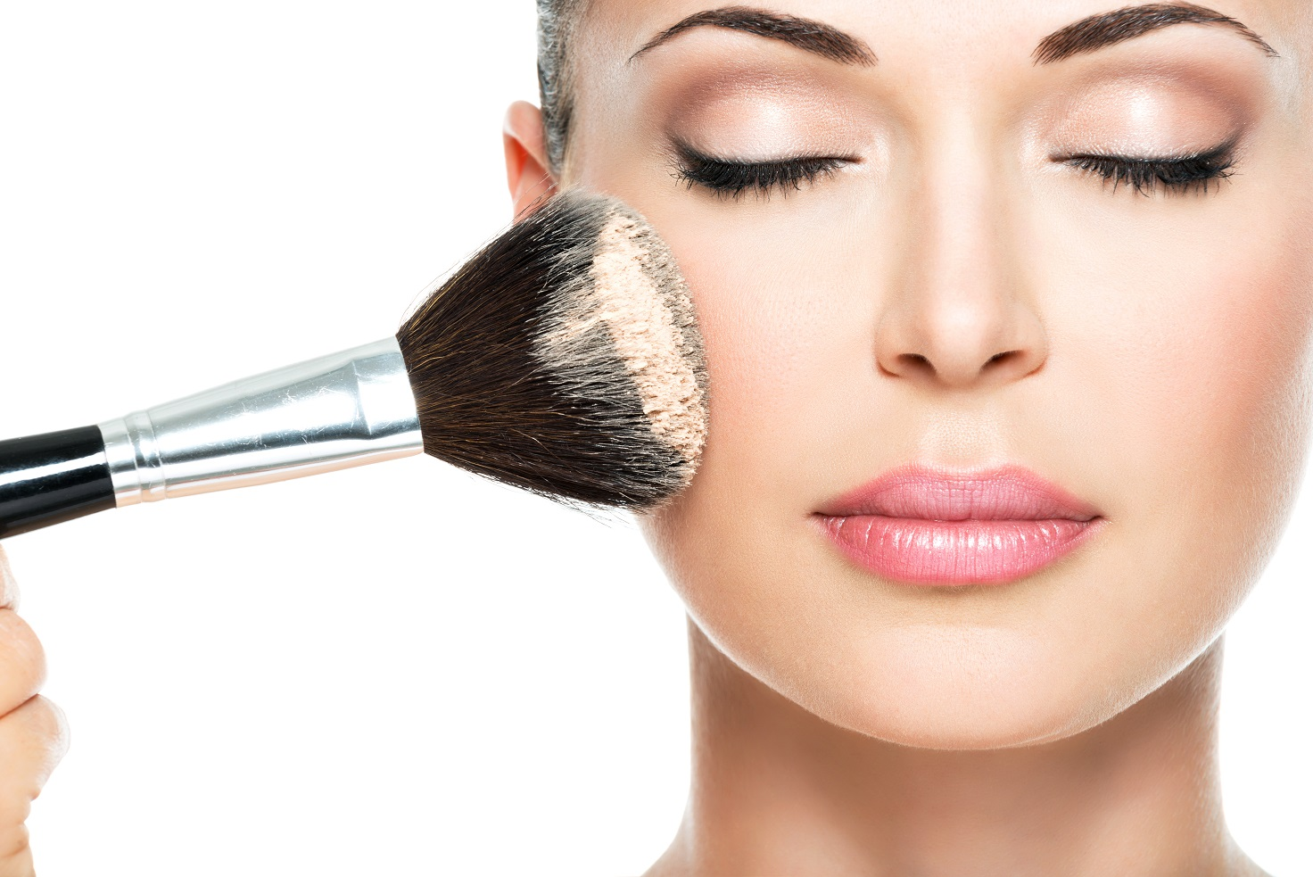 Make-Up: ecco come truccarci per una serata speciale