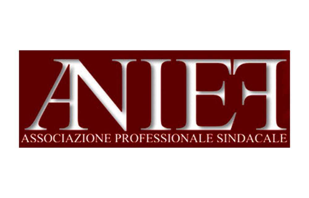 Anief chiede in Parlamento l'inserimento della materia Cittadinanza e Costituzione italiana e dell'Unione europea