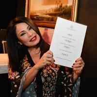 Standig ovation per Ada Alberti e il suo Aperoscopo 2018 a Casa Coppelle