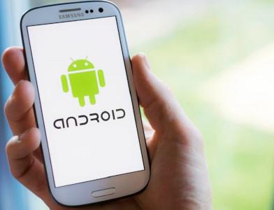Come determinare la versione Android su smartphone