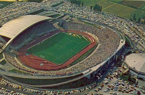 Stadio_Friuli_1982