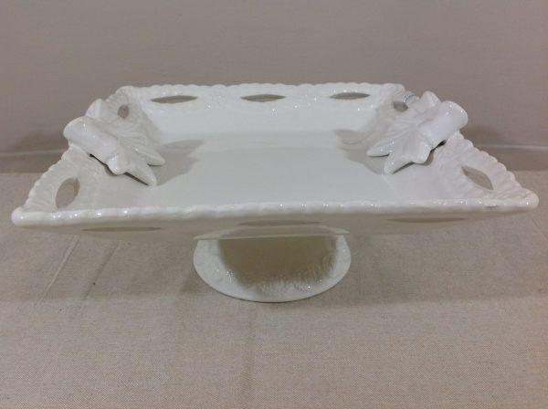 Blanc Mariclò Alzata quadrata bianca con 2 fiocchi