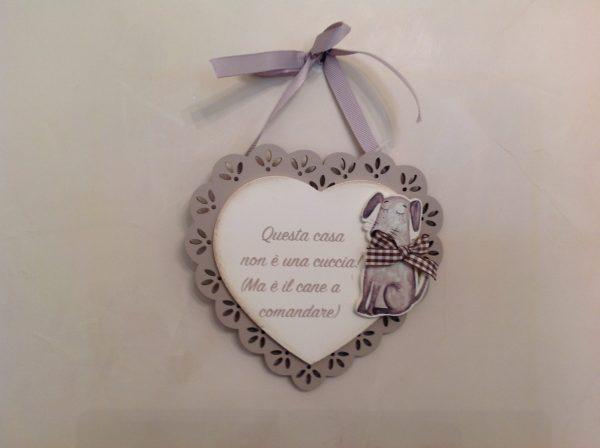 Angelica Home & Country Cuore in legno panna con cornice intagliata beige e scritta