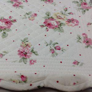 Blanc Mariclò tovaglietta trapuntata fantasia roselline rosa