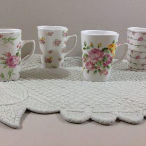Clayre & Eef set di 4 mug in ceramica con roselline assortite