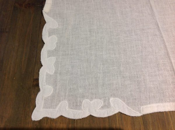 L'Atelier 17 Runner in misto lino ricamato bianco latte