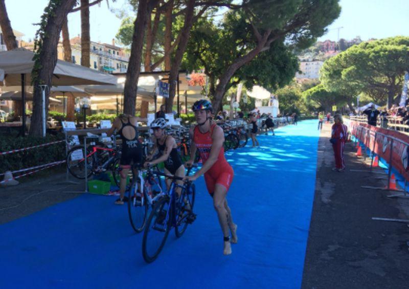 LIVE – Tricolori Elite triathlon olimpico, donne: le prime in T1