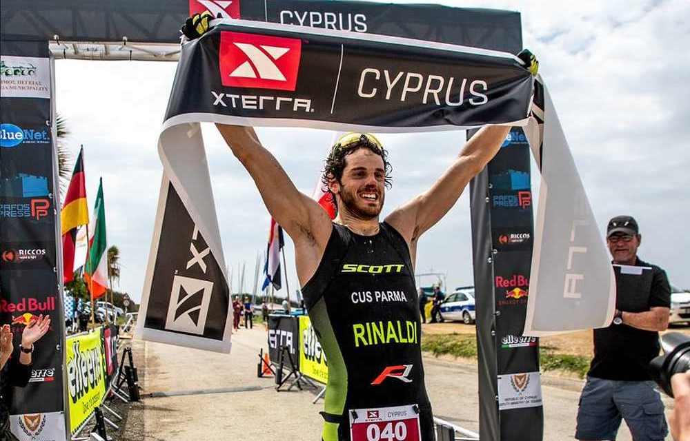 Filippo Rinaldi vince l'XTERRA Cyprus e regala all'Italia la prima vittoria nel circuito di triathlon off-road