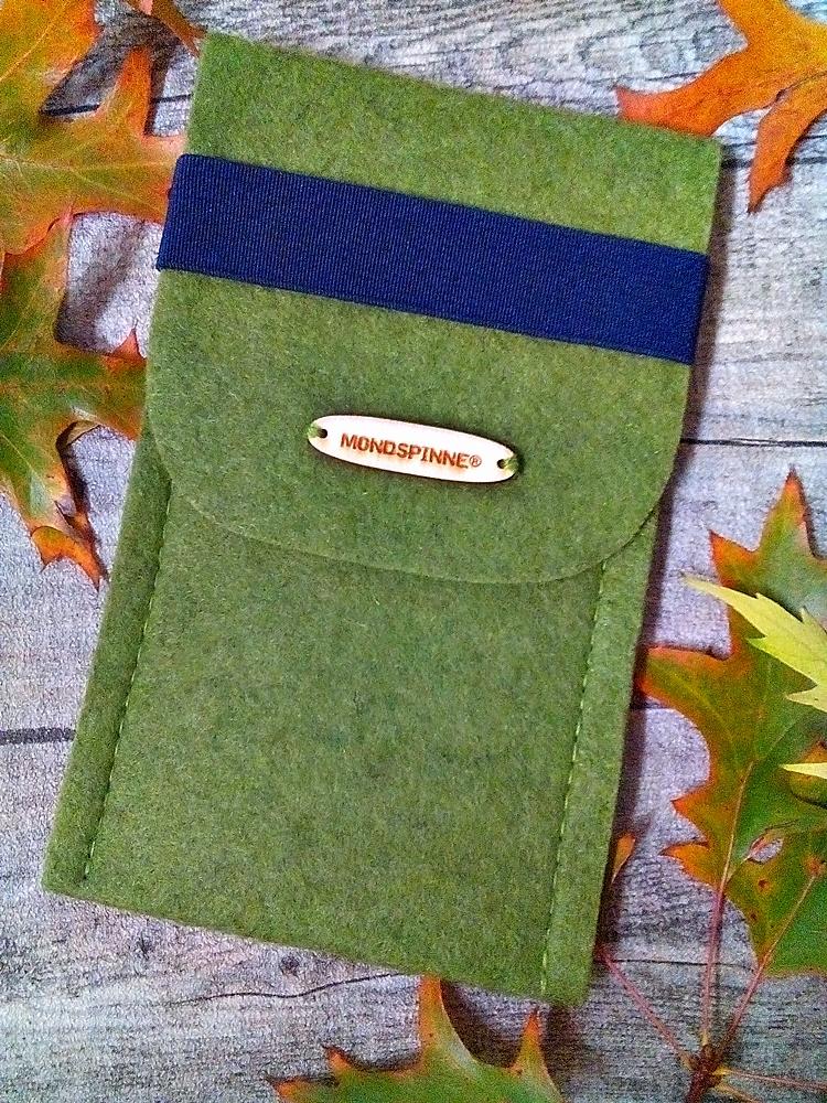 """Brillentasche/ Brillenetui/ Filztasche """"Max"""" (grün-blau) mit Gummiband - MONDSPINNE"""