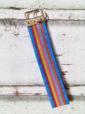 """Schlüsselband """"Stripes"""" (hellblau) von Mondspinne"""