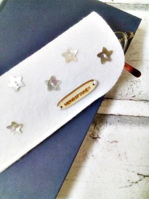 """Brillenetui """"Stars"""" (weiß) von Mondspinne"""