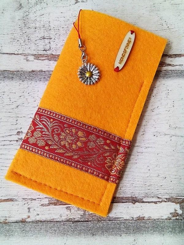Brillenetui Blüten sonnengelb-rot-gold mit Charm - MONDSPINNE