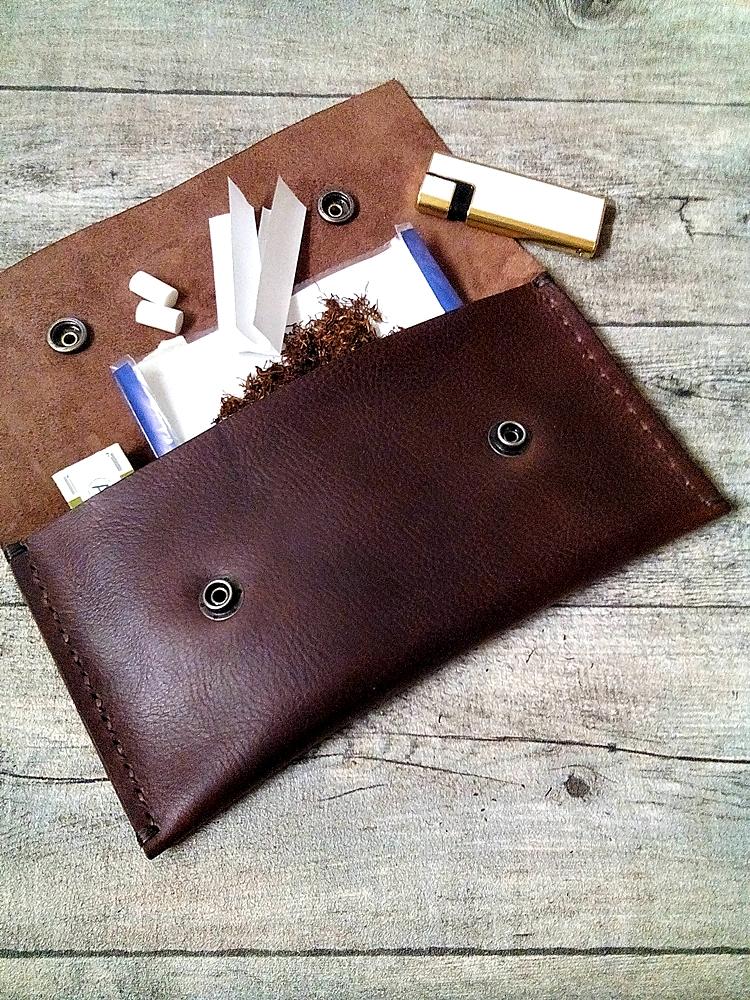 """Tabaktasche """"Tobacco"""" (braun), aus vegetabil gegerbtem Rindsleder - MONDSPINNE"""