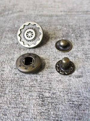 Druckknopf Metall altmessing rund Zahnrad Steampunk 17 mm - MONDSPINNE