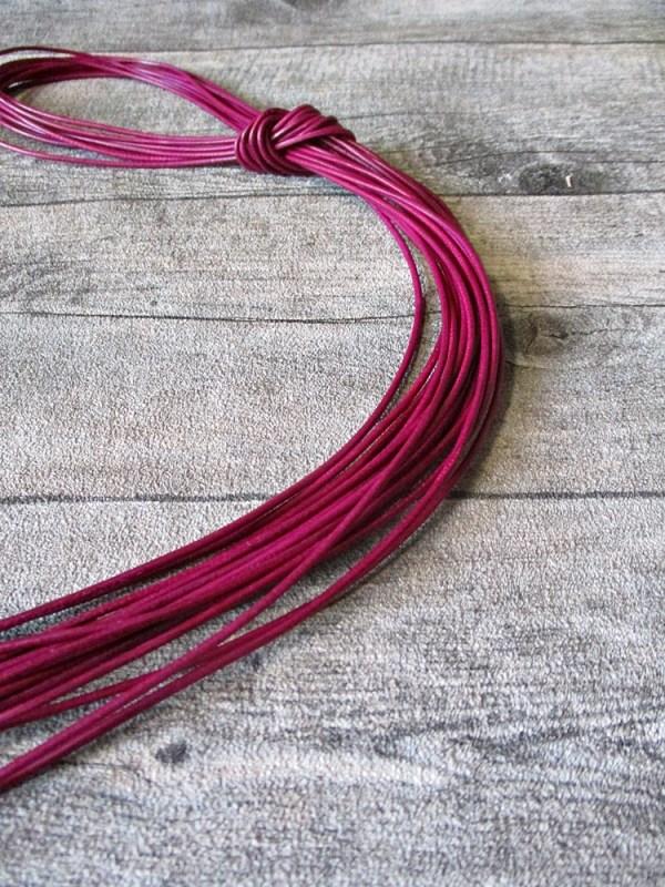 Lederband Lederriemen Ziegenleder rund dunkelpink 1 m 1,5 mm - MONDSPINNE
