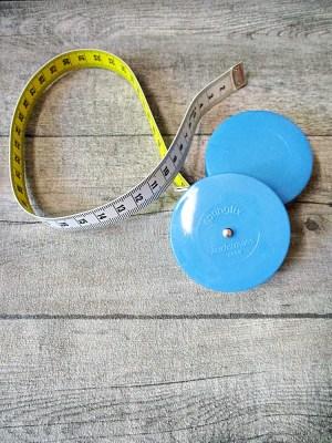 Maßband Bandmaß Metermaß Rollmaß Rollmaßband rund hellblau einfarbig 150 cm springfix hoechstmass - MONDSPINNE