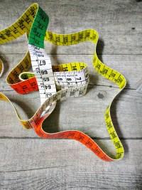 Maßband Metermaß Bandmaß rot grün gelb weiß 150 cm Kunststoff hoestmass - MONDSPINNE