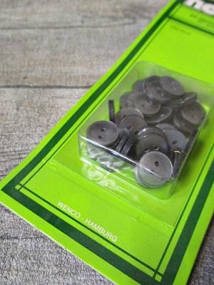 Hemdknöpfe 40 Stück grau 11 mm Kunststoff NEWO - MONDSPINNE