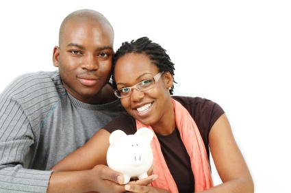 Newlywed-Couple-Saving-Money