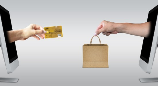 3 Ways To Add A Personal Touch To Orders That Customers Will Love