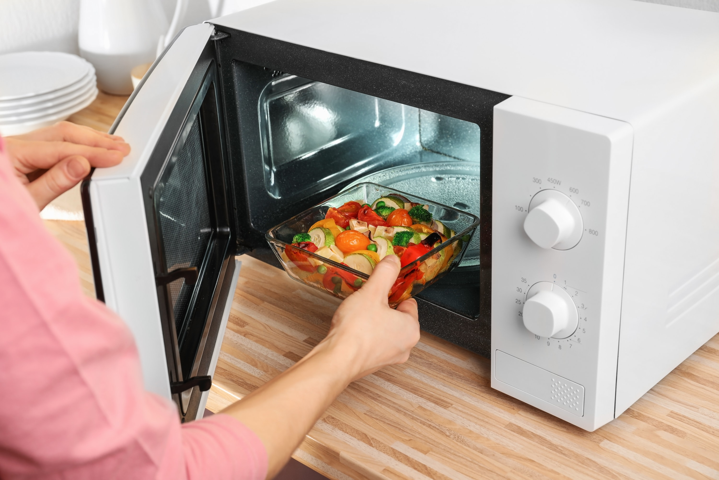 9 ways microwave cooking can save you money