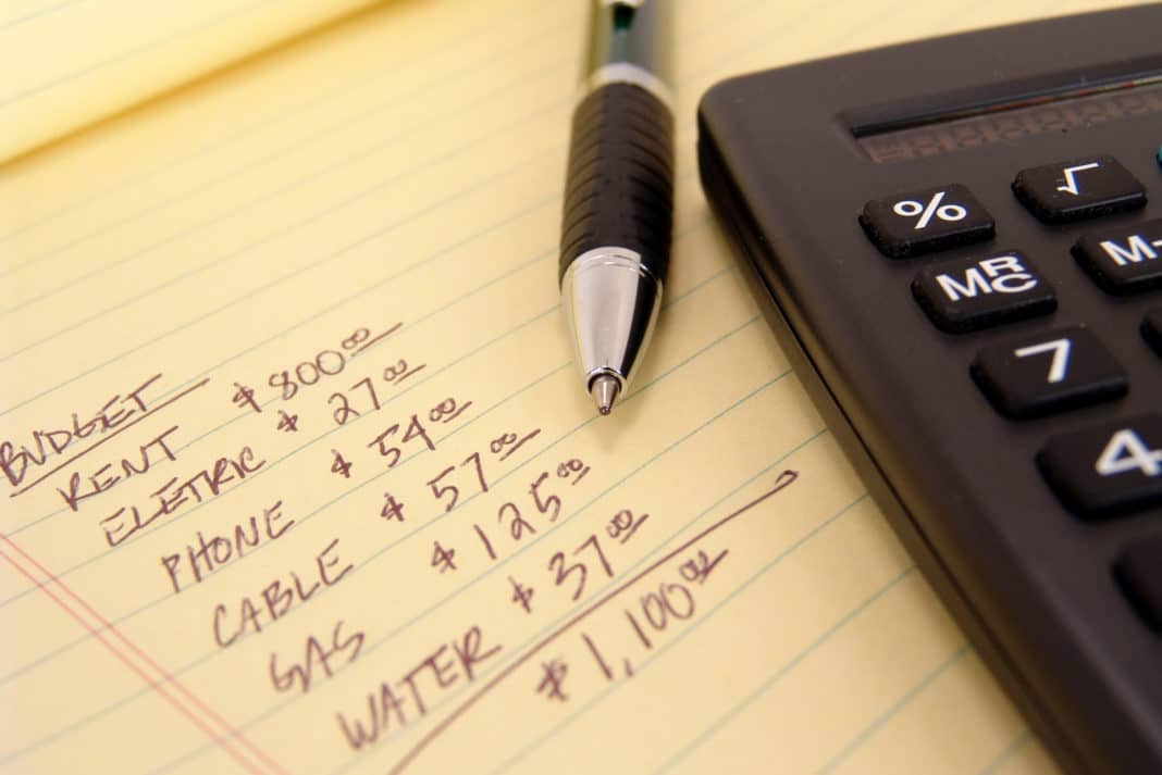 budgeting monthly expenses
