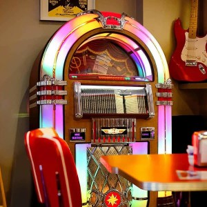 Rock-Ola Bubbler CD Jukebox | moneymachines.com
