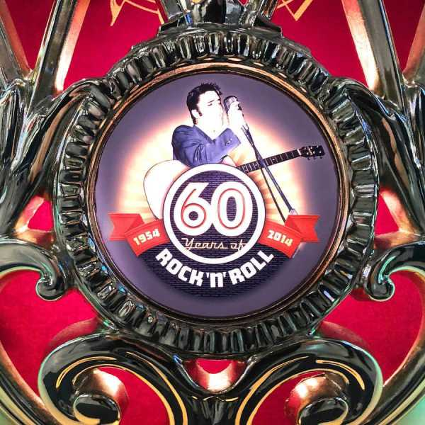 Rock-Ola Bubbler Elvis CD Jukebox Grill Emblem | moneymachines.com