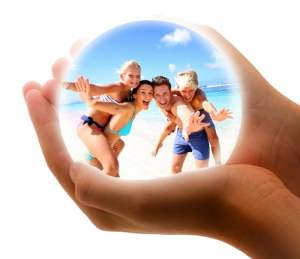 moneymagpie_holiday-insurance-bubble-family-beach