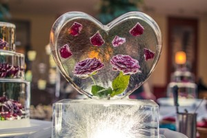 moneymagpie_wedding-ice-sculpture-love-heart-roses