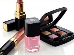 make up,