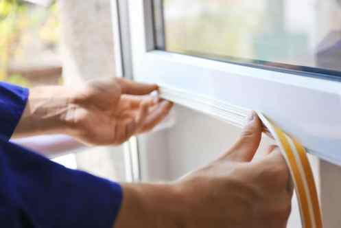 Adding isulating tape to a window