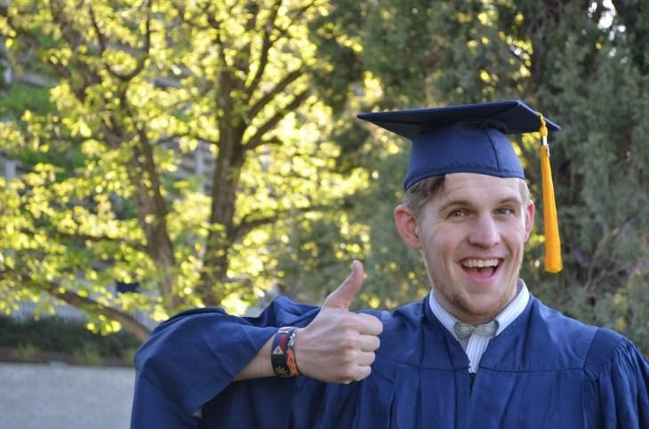 Make money as a student ambassador