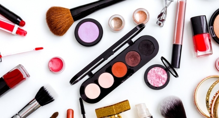 7 Ways to Get Free Beauty Products