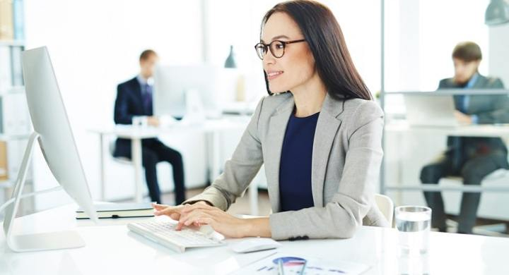 Earn money as a freelance secretary