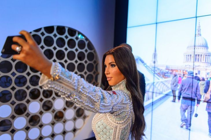 Calling Kardashian superfans? Get paid £250 a day to write about them