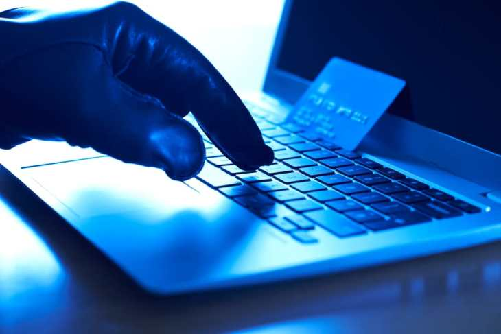 How to keep your money safe when shopping online