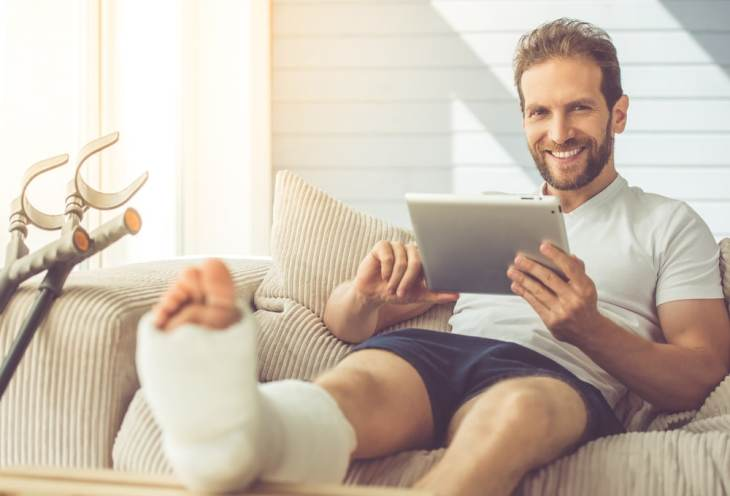 3 Surefire Ways to Earn an Income from Home After an Injury