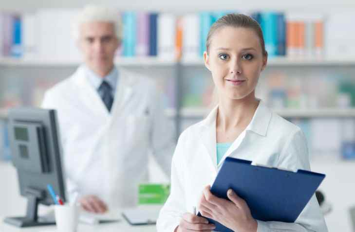10 Reasons a Career Change to the Healthcare Field is the Best Decision