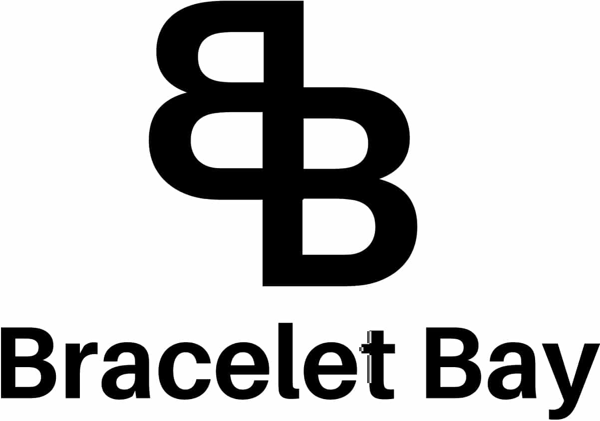 The Bracelet Bay