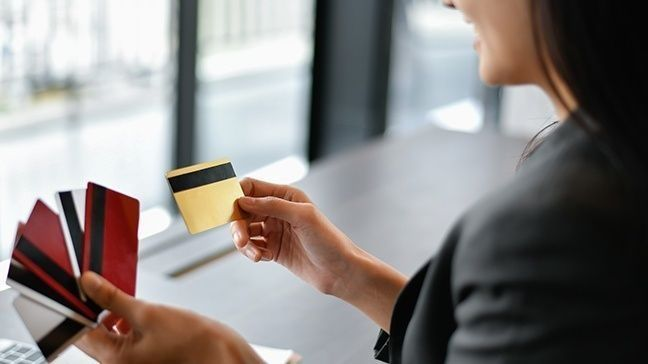 The main challenge many people with bad credit face when applying for a credit card is having a limited number of good options. Best Credit Cards For Young Adults First Timers September 2021