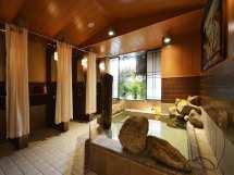 Capsule Hotels In Tokyo - Money