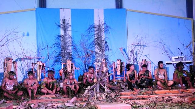 Sagu Da vs Sawit Inilah Aksi Kontemporer Seniman Papua