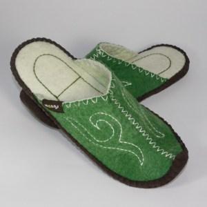 Schlappen aus Filz mit Ledersohle und hochgestellter Spitze für Damen und Herren in der Farbe Grün - Classic Mongs Grün